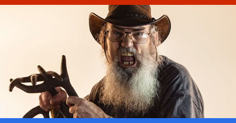 Si Robertson, Duck Dynasty, has a strong message for #Ferguson protesters…You gotta see this!