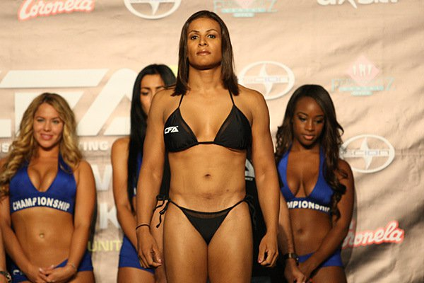UFC Champion Gives The Best Response About Her Transgender Competitor