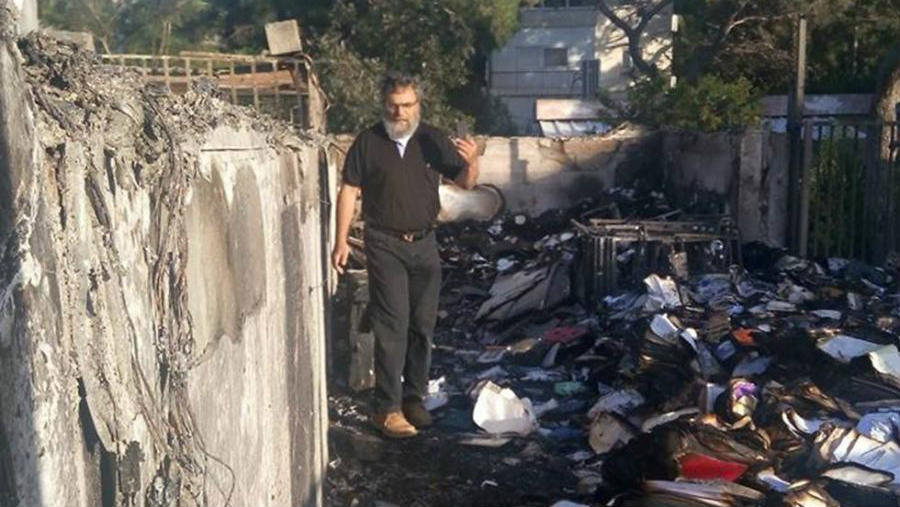 Burned synagogue gets help from unexpected benefactors