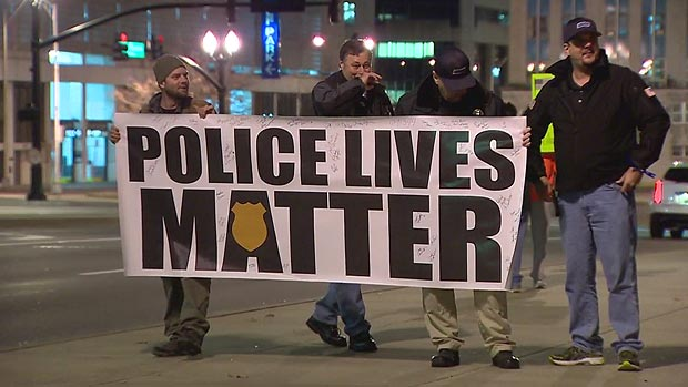 Entitled teen cries over Police Lives Matter