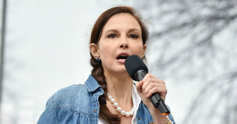 Lunatic Ashley Judd leads anti-Trump march