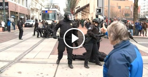 Police demolish liberal protest, and the crowd loves it