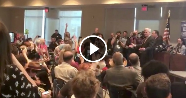 Look at the SHOCKING Reaction of People When Senator Opens Townhall With PRAYER