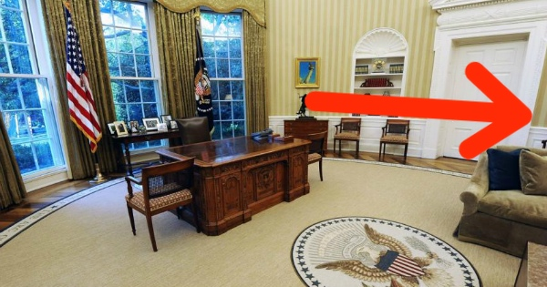 Trump Does Something to the OVAL OFFICE That Has Democrats SCREAMING