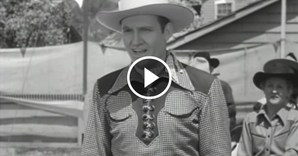 1942 Video of Gene Autry CONFIRMING Everything Trump Said Has Liberal Hollywood SCREAMING