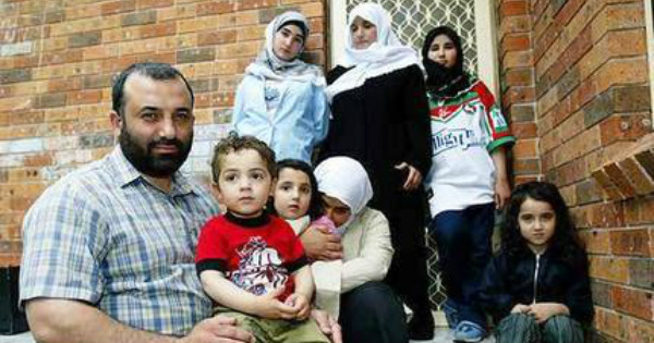 OUTRAGEOUS: Muslim Refugee Comes With 4 Wives, 22 Kids - Look How Much Welfare He Gets!
